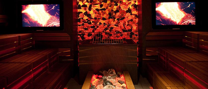 Kempinski Hotel Das Tirol - Jochberg, Kitzbühel, Austria - sauna detail.jpg